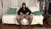 Video Bokep Terbaru USA milf Scarlett shows us her nyloned wide hips and more mp4